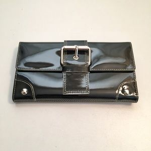 Kenneth Cole Genuine Leather Lacquer Wallet
